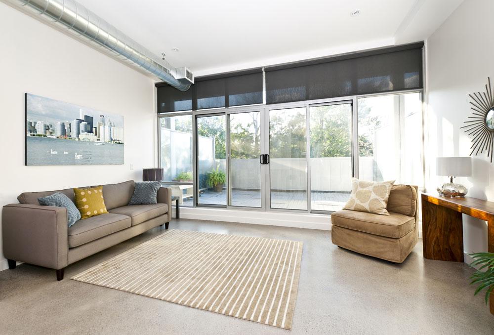 遇到客廳裝修糾結選擇地板還是瓷磚?